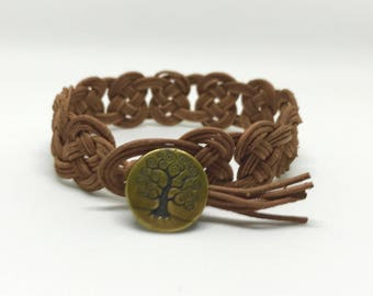 Josephine Knot Leather Cuff
