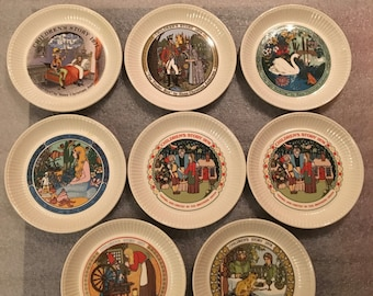 1970s Wedgwood Children's Stories Cookie, Dessert or Appetizer Plates (set of 8)