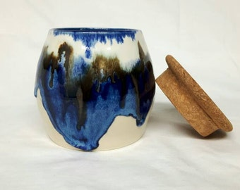 Blue and white sugar bowl
