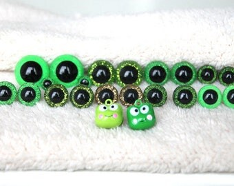 """20 st. Safety eye and 2 pendant """"frog"""" handmade"""