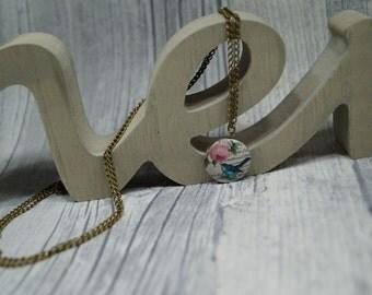 """Medallion """"Little birdie"""""""