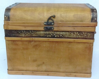 Small Vintage wooden Trunk