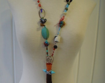 TRIBAL CHIC necklace.