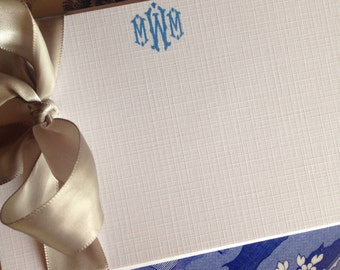 Monogrammed White Linen Stationery, Set of 4x6 or 5x7 Flat Note Cards with Envelope For the Well-Appointed Desk
