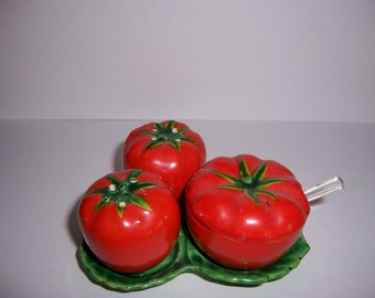 Vintage Salt and Pepper Shaker Set, Tomato Salt and Pepper, Condiment Set, 1950's Red Shakers