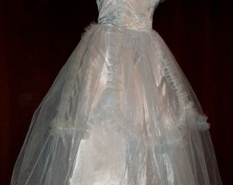 Vintage 1950s Light Blue Embroidered Tea Length Tulle and Taffeta Boned Strapless Prom/Formal Dress with Detachable Tulle Wrap