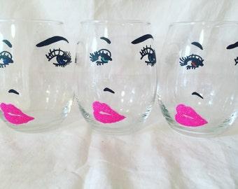 Lip wine glasses