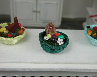 Dollhouse miniatures, Easter basket in teal, 1:12 for the Doll House in miniature