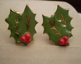Vintage Holiday Holly Earrings