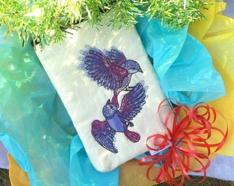 Sale 11.00 (originally 21.00)Birds in Flight Pouch, E-reader pouch, Makeup pouch, Gadget pouch, Kindle pouch, Nook pouch, Travel pouch