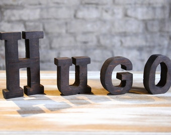 Wood lettres in massive wood, name Hugo handmade from France industrial look