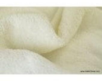 Sponge cotton ecru closed sewn edge