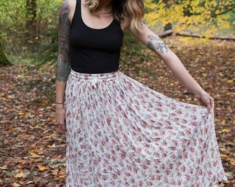 VINTAGE 1990s Shabby Chic Maxi Skirt