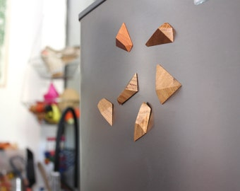 Set of 6 magnets design wooden