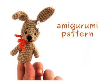 bunny amigurumi pattern, crochet finger puppet pattern, gift from grandmother to toddler, how to make, puppet tutorial, bunny puppet