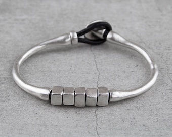 Leather Bracelet with Zamak Metal  -antique silver (plated with 925'er sterling silver) B52