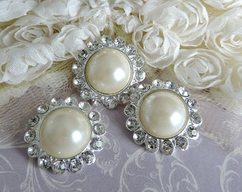 Ivory Pearl Buttons Silver Tone Metal Pearl Buttons W/ Surrounding Czech Glass Rhinestones Button Brooch Bouquet 26mm 3185SM 08 2