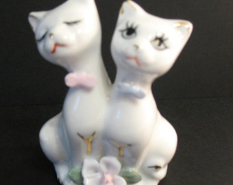 Siamese Cats Figurine