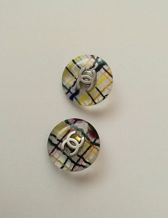2x D21mm Authentic Chanel large size buttons with CC logo, signed, silver plated hardware
