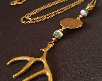 Horn & Green Glass - Czech glass beads bohemian necklace - turquoise - gold - Horn/tusk charm - fire polished horn - dear - Bohemian