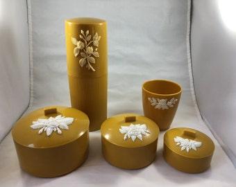 Vintage Schwarz Bros Yellow/Gold With White Rose 5 Piece Vanity Set