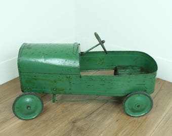 Antique Toy Pedal Car - 1920s/30s children's toy green metal pedal racing car