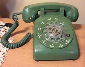 Vintage 1968 Western Electric rotary telephone Retro Avocado green