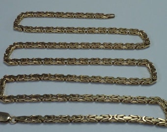 28.3 Gram 14K Yellow Gold 22 inch, 2.6 mm wide Square Byzantine Link Chain