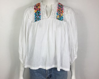 Vtg 70s mexican floral embroidered lace peasant shirt top