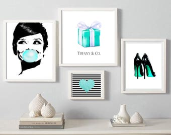 Audrey Hepburn bubble gum print Breakfast at Tiffany's Digital Download heart print heels fashion Wall art Tiffany&co box set of 4 prints