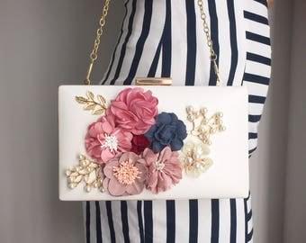 Bridal bag, pearl clutch,multiway clutch, bridal bag, flower bag, bridal clutch, Floral bag, white clutch, wedding bag, bridesmaid purse