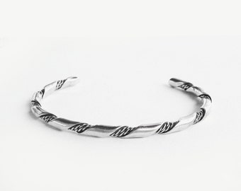 Twisted Cool •  Vintage Handmade Navajo Twisted Rope Sterling Cuff