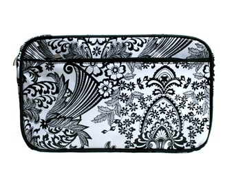 cosmetic bag - washbag - toilet bag - toiletry kit - necesaire - make-up case from mexican oilcloth, waterproof