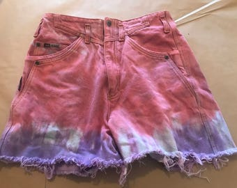 High waisted vintage jag cut off jeans, dipped dyed