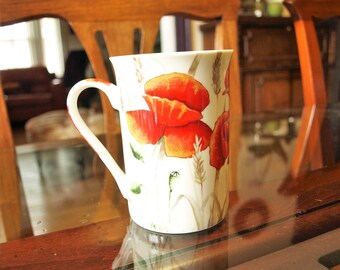 Field Poppy Fine China Coffee Mug Cup Made in Northhamptonshire, England for Creative Tops