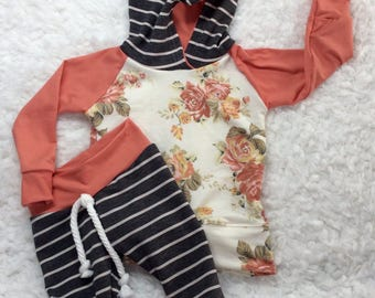 Baby girl outfit, baby girl clothes, baby clothes,, newborn girl outfit, coming home from hospital outfit, modern girl clothing