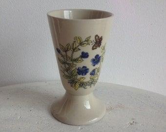 Tasse fleurie en grès / Floral retro teacup