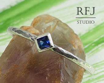 Kite Synthetic Spinel Hammered Silver Ring, Dark Blue Spinel Promise Ring Princess Cut 2x2 mm Square Rhombus Spinel Stacking Sterling Ring