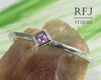 Kite Genuine Amethyst Hammered Silver February Ring, Princess Cut 2x2 mm Square Natural Amethyst Promise Ring Rhombus Stacked Solitaire Ring