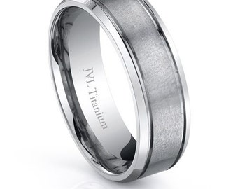 Mens wedding band!! Free Shipping!! Size 10.