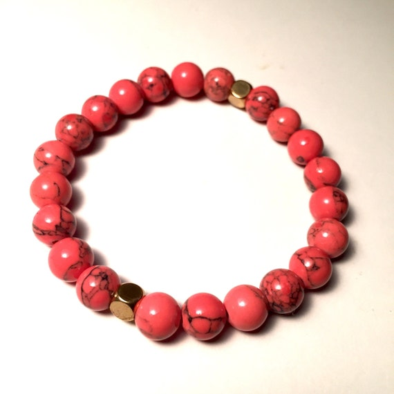 Coral Magnesite and Gold Beaded Bracelet