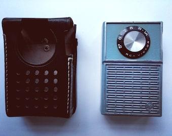 RCA VICTOR 4RH12 Transistor Radio (with case)