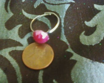 Pearly hot pink cabochon ring