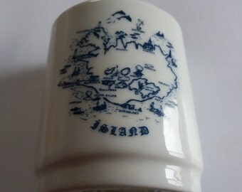 Vintage Icelandic Vase Chic Kitsch Hygge Nordic Souvenir Piece