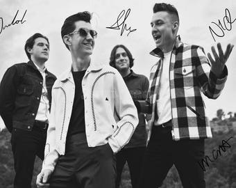 Arctic Monkeys pre signed photo print poster - 12x8 inches (30cm x 20cm) - Superb quality -