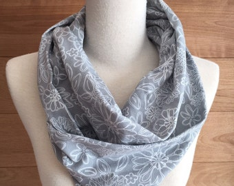 Infinity scarf in grey jersey and white flowers