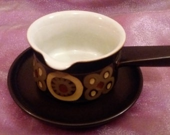 Denby Arabesque sauce boat with saucer