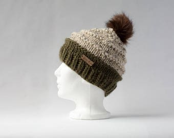 Ribbed Hat with Fur Pom