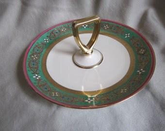 Noritake M  Center Handle Round Serving Plate