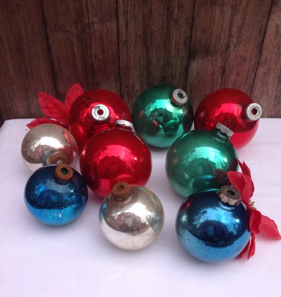 Large Red Christmas Tree Ornaments : Vintage set of extra large and medium shiny brite christmas